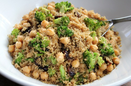Recipe Quinoa Salad with Broccoli, Garbanzo Beans and Cranberries