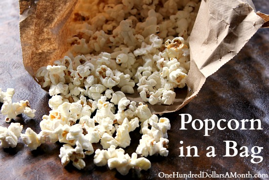 Easy-Recipes-for-Kids-Popcorn-in-a-Bag