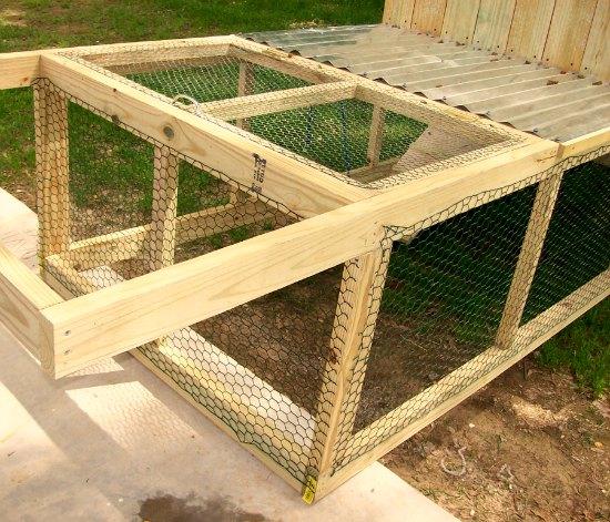 chicken coop tractor picture