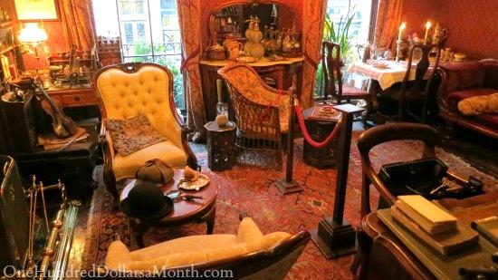 221b Baker Street Sherlock Holmes Museum One Hundred
