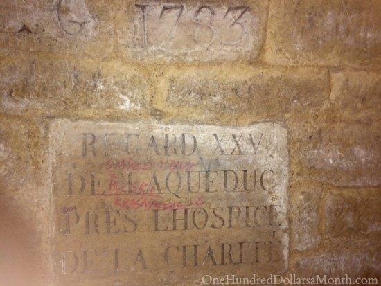 grave catacombes paris france