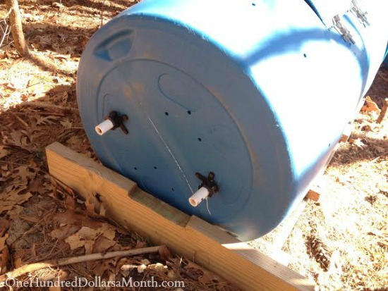 DIY - How to Make a Compost Tumbler