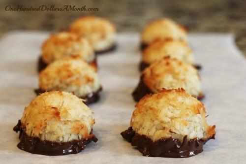 chocolate-dipped-macaroons-recipe-christmas-cookies