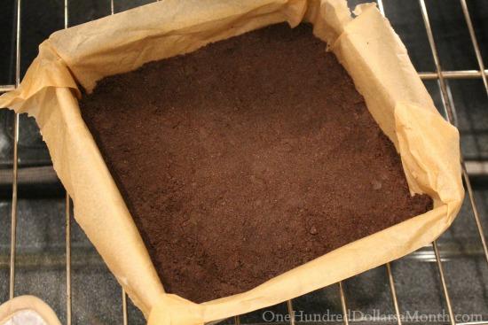 Nutella Cheesecake Squares crust