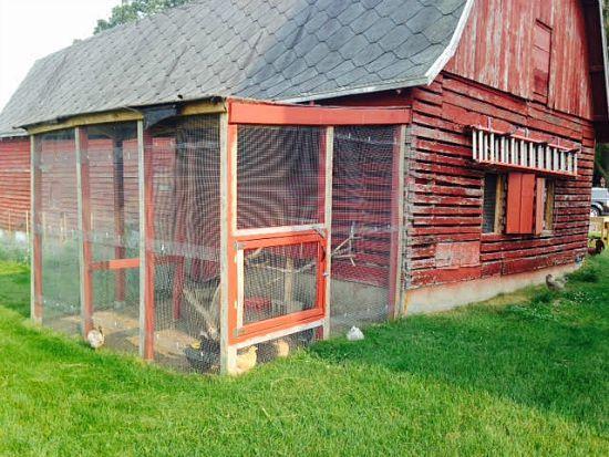 red barn chicken coop ideas